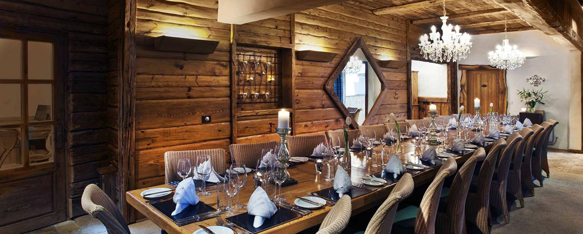 Dining table at Le Chardon - large luxury chalet